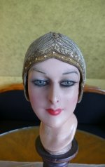 3 antique cloche 1924