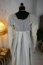 26 antique empire dress 1802