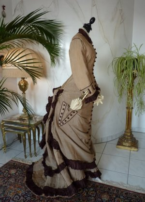 antikes Reisekleid 1879