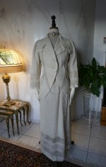 30 antique walking dress 1912