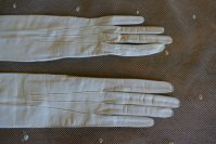 3 antique gloves 1905