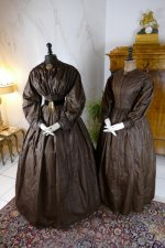3 antique afternoon dress 1840