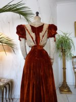 38g antique gown