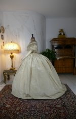 22 antique ball gown 1859