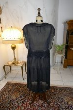 20 antique evening dress 1924