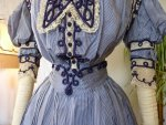 6 antique dress 1901