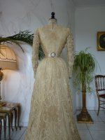 39 antique reception gown 1901