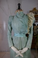 4 antique day dress 1898