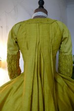 30 antique robe a la francaise 1760