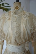 3a antique wedding gown