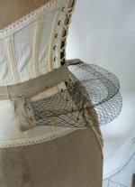 4 antique wire bustle pad