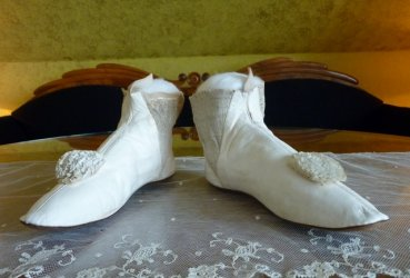 antique wedding boots 1845