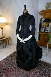 antique mourning dress 1882