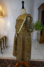 18 antique girls dress 1923