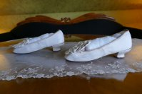8 antique chevreau leather shoes