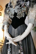 12 antique Gustave Beer gown 1906