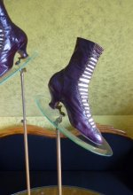 15 antique glass shoe stands 1900