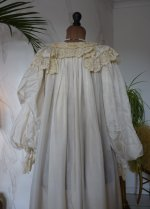 16 antique negligee 1900