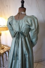 26 antique silk dress 1800