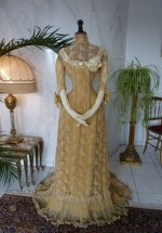 31 antique evening dress 1910