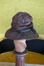 8 antique Hat 1928
