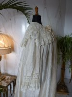 16 antique Peignoir 1895