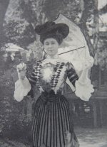 6 antique beer dress 1901