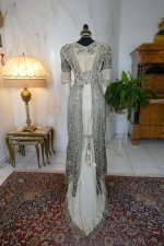 22 antique evening gown 1912