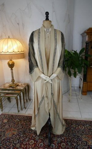 antique PAQUIN Coat 1911