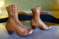 11 antique RADCLIFFE boots 1916