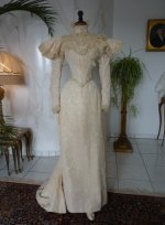 39 antique dress