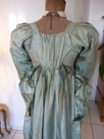 36 antique silk dress 1800