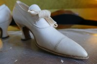 20a antique shoes 1912
