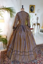 29a antique dress 1840