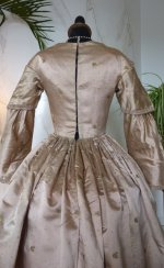 34 antique dress 1840