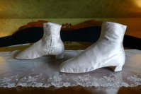 7 antique wedding Boots 1860