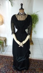 14 antique evening gown 1909