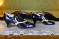 7 antique business shoes 1926