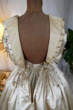 35 antique wedding dress 1845