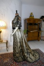 21 antique ball gown 1900