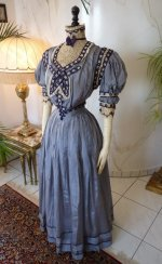 19 antique dress 1901