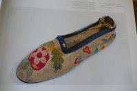 4 antique moccassins 1820