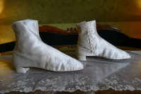 9 antique wedding Boots 1860