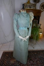 3 antique day dress 1898