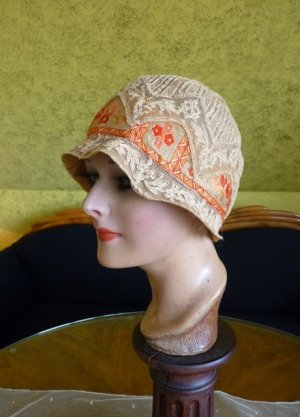 antique cloche hat 1927