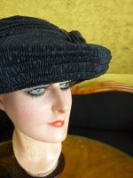 21 antique mourning Hat 1905