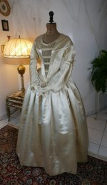 6 antique wedding dress 1845