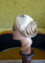 8 antique bonnet 18th