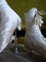 8 antique wedding shoes 1875