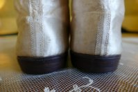 21 antique wedding boots 1818